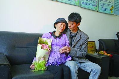 徐州妈妈抗癌7年 为3岁女儿提前录新婚祝福