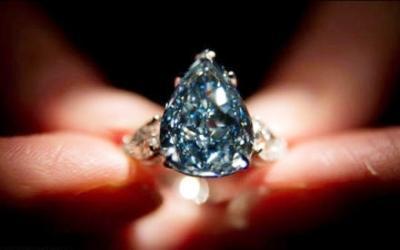 全球最大顶级蓝钻将拍 最高价或达49989万元
