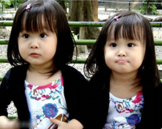 潮娃主宰时尚圈韩国小萝莉不输台湾双胞胎9