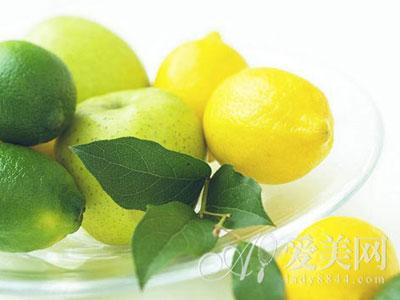 生津解暑又开胃 一杯柠檬水 8大养生功效