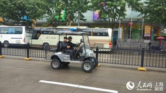 【现场】亚信在即 上海今在全国率先启动地方、铁路公安联合武装巡逻【2】