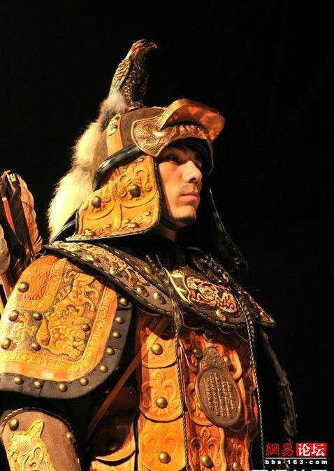 蒙古国传统服饰 姑娘迷死人了图片