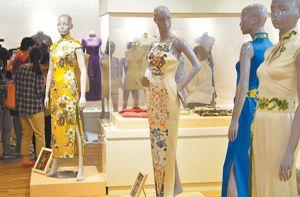 记者先睹南博中国百年旗袍展 感受民国风情