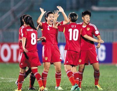 """亚洲杯首战7比0大胜泰国队 女足为男足""""复仇"""""""