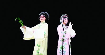 """精华版《牡丹亭》南京登场 3朵""""梅花""""同台"""
