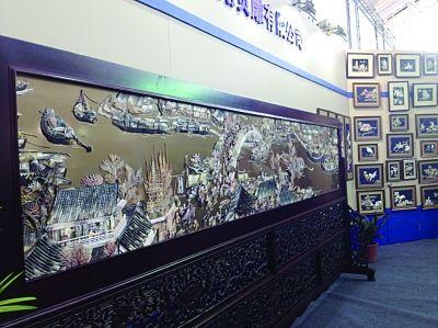 手工打造贝壳版清明上河图南京展出