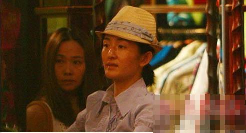 当红女主播素颜真容:谢娜卸妆比张杰老10岁