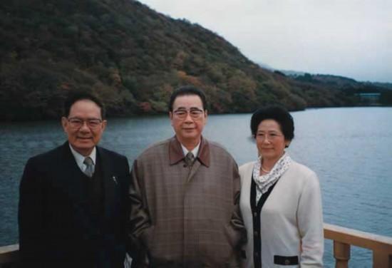 见老照片 中国历届领导人的美丽夫人们图片