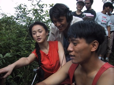 陈坤透露周迅马上结婚 两人多年亲密合照曝光