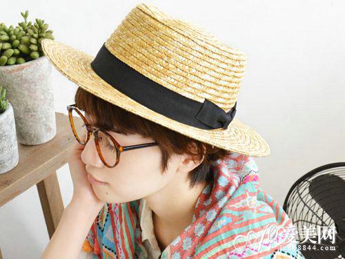 刺激,是另一个常见原因.   头皮痒痒也可能是由真菌引起的一种刺激