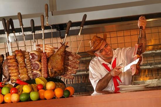 据说,巴西烤肉发源于巴西最南端的州rio grande do sul,相传