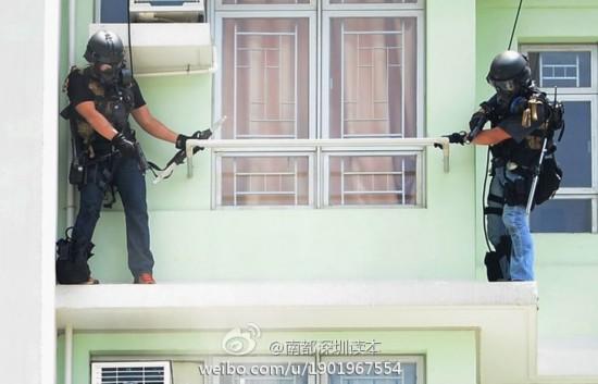 香港警方抓凶案疑犯 飞虎队出动激烈枪战(图)