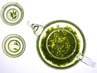 养生:绿茶防皮肤癌 防癌长寿10大新发现