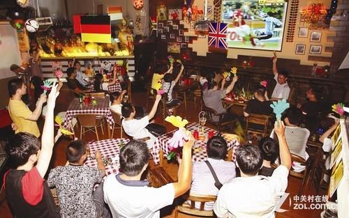 世界杯酒吧_家电      2014世界杯我们最钟情的世界杯来到了遥远的南半球国家—