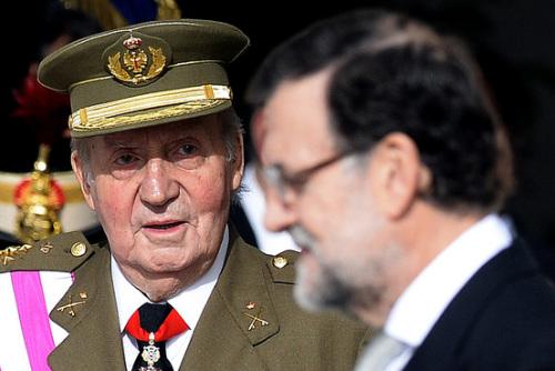西班牙国王退位 声誉饱受家族贪腐丑闻影响