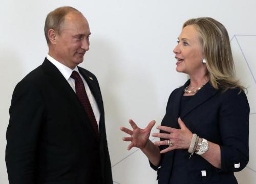 普京回应希拉里将其比作希特勒:凸显其软弱