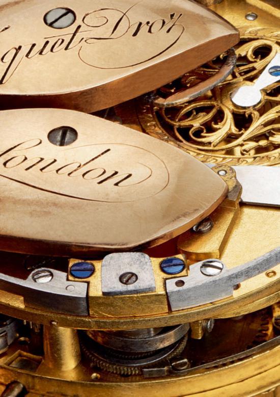 双发条盒机芯:镀金金属,工字轮擒纵装置,走时轮系和报时轮系均由延机板边缘旋动的两个金质摆陀为期上链。雅克德罗是唯一有能力制作走时轮系和报时轮系均由金质摆陀为其上链的自动上链腕表的制表品牌。