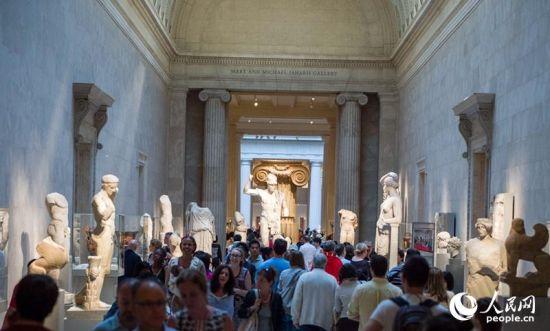 纽约博物馆大道节吸引大批游客