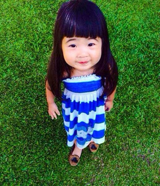 曹格小沈阳女儿酷似老爸遭吐槽 明星女儿被讽丑怒了