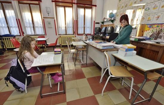 意大利现世界最小学校 仅一名学生(组图)
