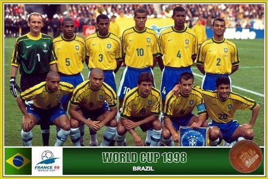 巴西世界杯开幕 回顾历届巴西足球队服图片