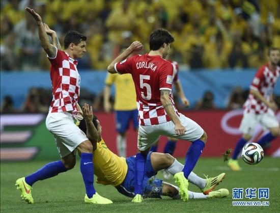 巴西队 打进 四球 3 1获世界杯揭幕战胜利图片