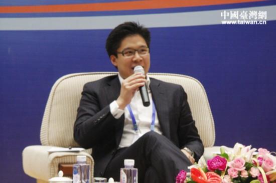 全国青联常委、香港霍英东集团副总裁霍启刚出席第十二届海峡青年论坛。