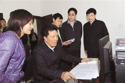 藏青工业园和格尔木基地的建设发展相辅相成,目标一致,相互促进,是一
