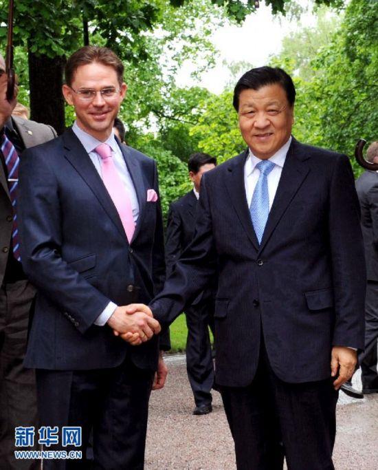 (XHDW)刘云山会见芬兰总理卡泰宁