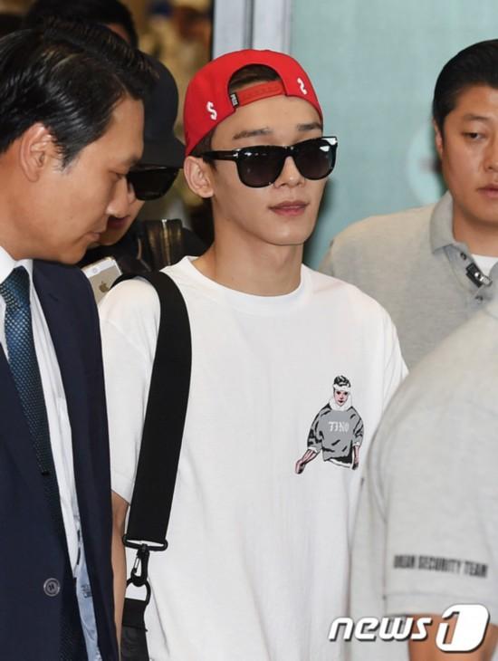 EXO结束 快乐大本营 录制返韩 组图