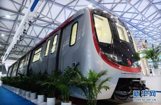 #(经济)(2)无人驾驶地铁列车亮相上海