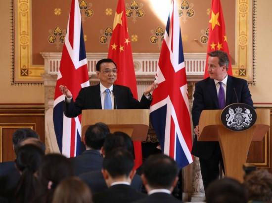 """英国记者""""刁钻""""提问 李克强总理巧妙答题"""