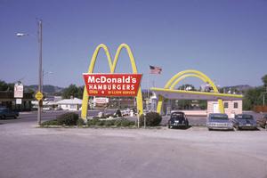 麦当劳苹果索尼 改变世界的12家公司(组图)