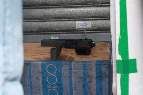 机起争执 拿出气枪被拘捕 图