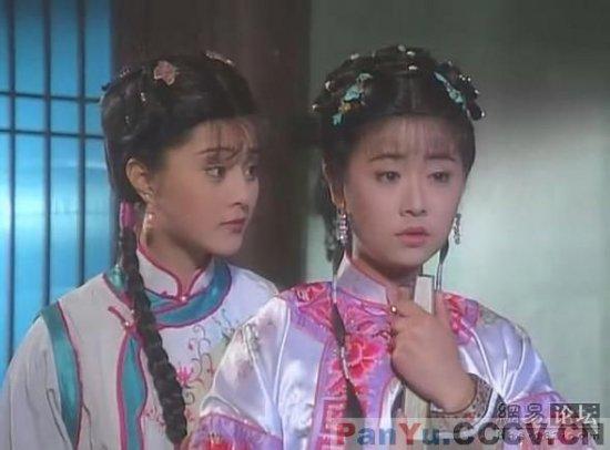 《还珠格格》中范冰冰扮演的金锁与林心如饰演的紫薇.-杨幂演过的
