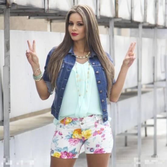 美女酒店被颜射15p_巴西酒店曝2014世界杯各国足球队的奇怪要求 各国美女球迷助阵世界杯