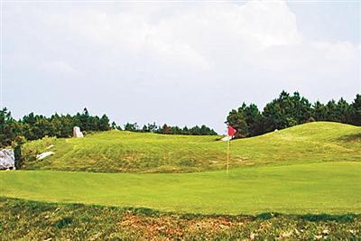 贵州:上万亩森林公园被违禁改建为高尔夫球场