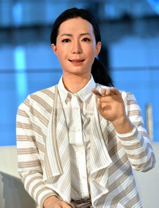 全球首位机器人美女主播亮相【3】