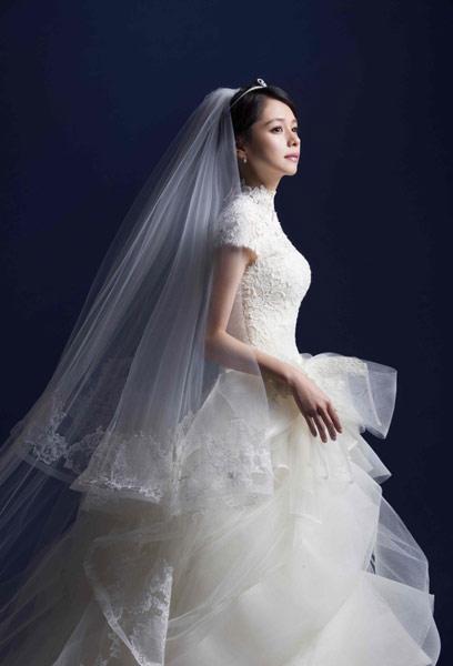 婚礼头纱手绘侧脸