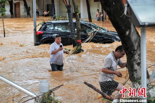 广西马山遭50年一遇洪涝 农作物受灾严重