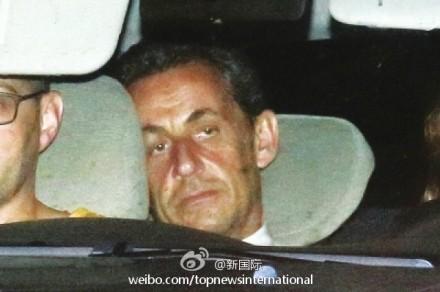 法国前总统萨科齐声称不会就此放弃政治(图)