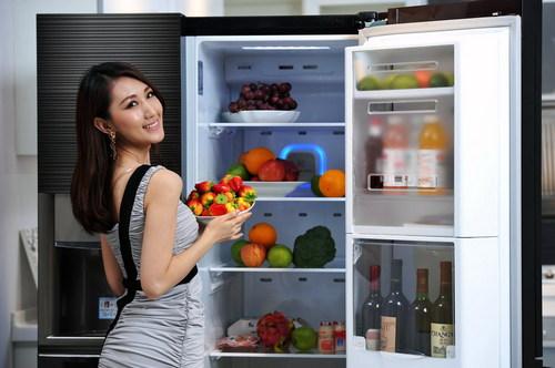 """闷热天气持续 家里冰箱也要""""降降温"""""""