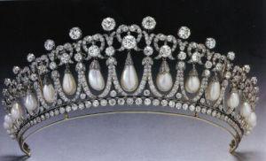 戴安娜王妃蓝宝石珍珠项链