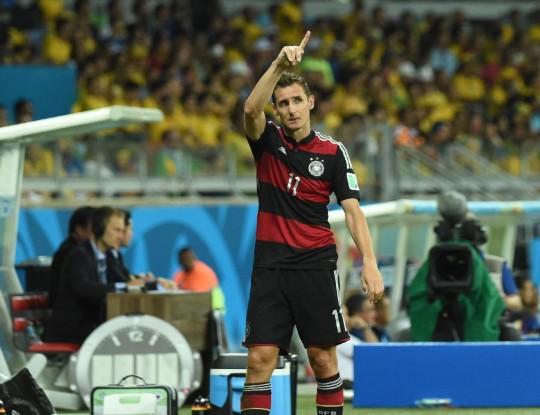 克洛泽破大罗记录 成世界杯最佳射手(图)