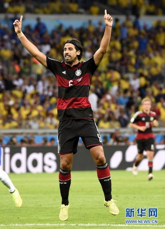 进球时刻:德国7-1胜巴西 7分钟灌4球 29分钟5-
