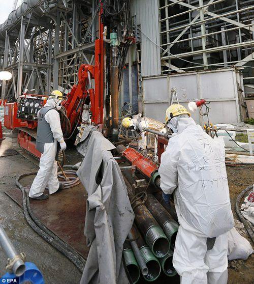 日本福岛核电站建冰墙阻放射性污水入太平洋