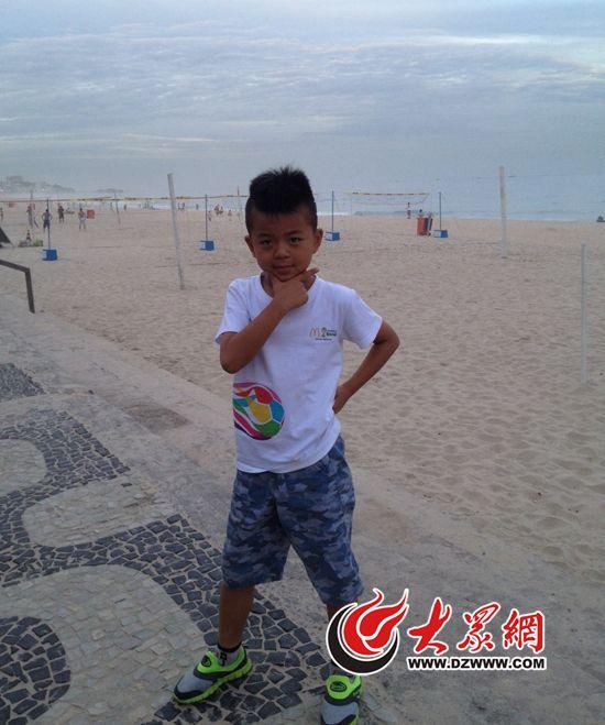 济南球童登上世界杯舞台 牵手欧冠奥运会双料