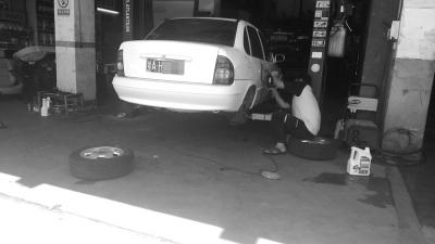 市民吐槽汽车维修:收费不明 配件以次充好