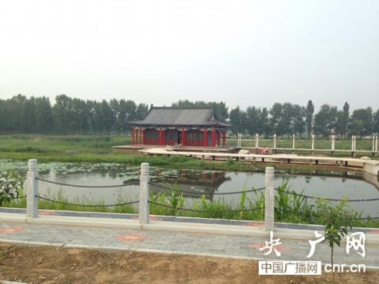 沈阳占地百亩土豪大院顶风修建 当地人称小皇宫