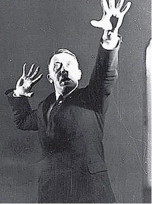 希特勒练习演讲照被曝光曾被本人下令销毁(图)